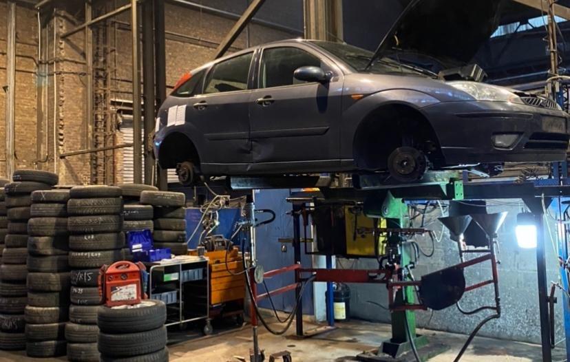 Nucera : een voorbeeld van online-verkoop van tweedehands autoonderdelen.